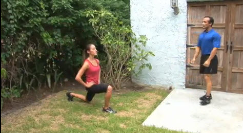 how to do walking lunges